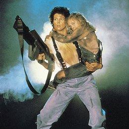 Alien - Das unheimliche Wesen aus eineer fremden Welt / Sigourney Weaver / Alien 3 / Alien: Resurrection / Aliens - die Rückkehr Poster