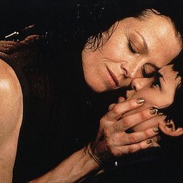 Alien - Die Wiedergeburt / Sigourney Weaver / Winona Ryder / Alien/Aliens/Alien 3/Alien: Resurrection Poster