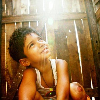 Slumdog Millionär / Ayush Mahesh Khedeker Poster