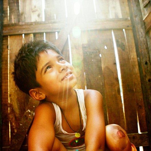 Slumdog Millionär / Ayush Mahesh Khedeker