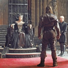 Snow White & the Huntsman / Charlize Theron / Chris Hemsworth Poster