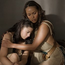 Spartacus: Gods of the Arena / Jessica Grace Smith / Lesley-Ann Brandt Poster