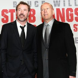 Stirb langsam - Ein guter Tag zum Sterben / Filmpremiere Berlin / Sebastian Koch / Bruce Willis Poster