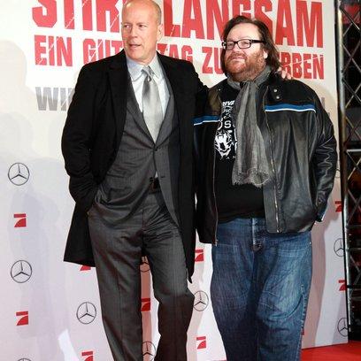 Stirb langsam - Ein guter Tag zum Sterben / Filmpremiere Berlin / Bruce Willis / John H. Moore Poster