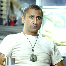 Sunshine / Cliff Curtis Poster