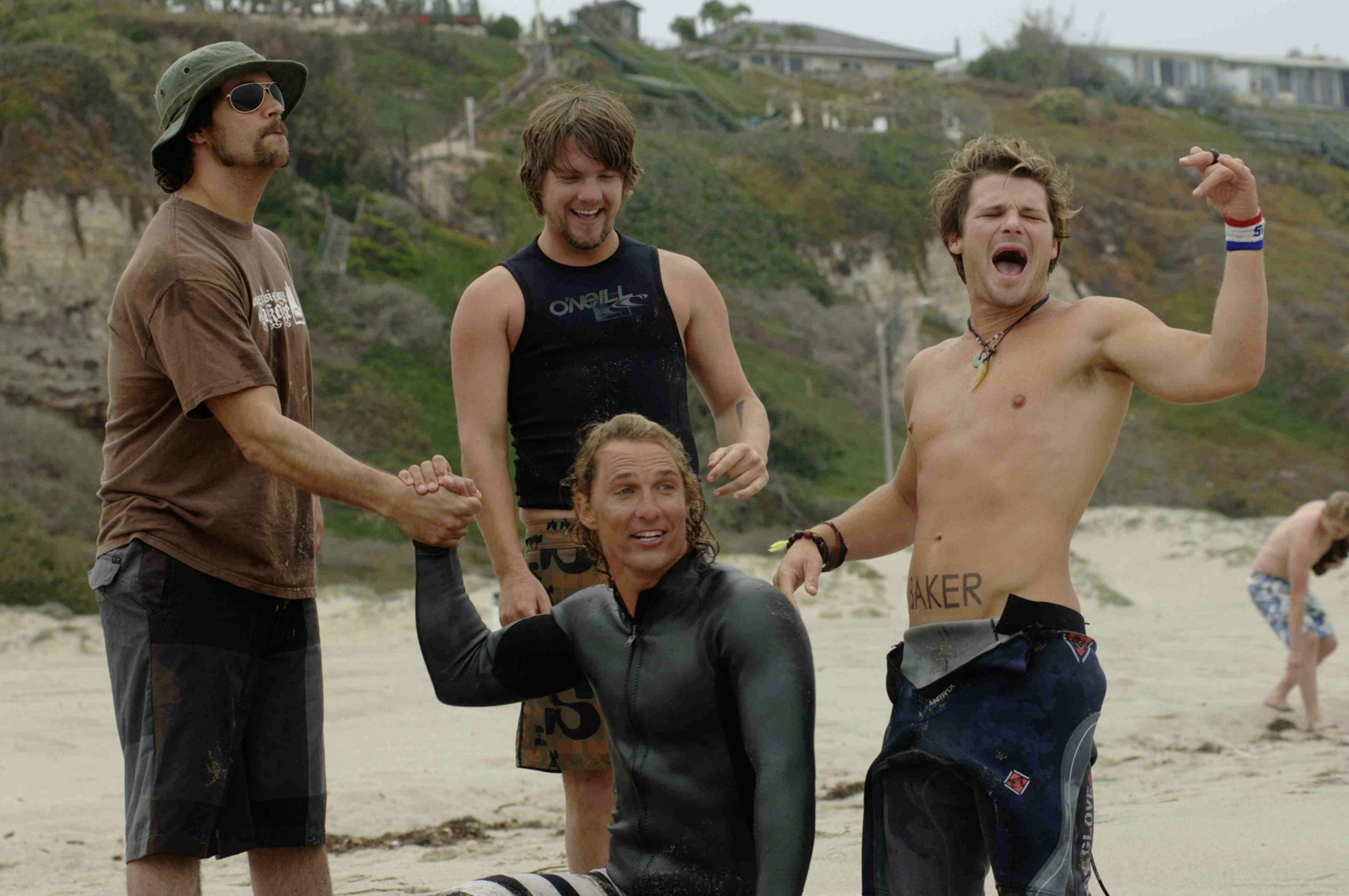 surfer dude Surfer, dude 2008 | 85 min steve addington (matthew mcconaughey) is a professional surfer and beach bum who lives to ride the waves.
