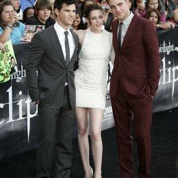"""Lautner, Taylor / Stewart, Kristen / Pattinson, Robert / Premiere von """"The Twilight Saga: Eclipse"""", Los Angeles Poster"""