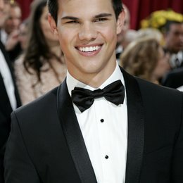 Tylor Lautner / Oscar 2010 / 82th Annual Academy Award Poster