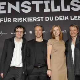 """Premiere von """"Waffenstillstand"""" in München / Lancelot von Naso, Hannes Jaenicke, Thekla Reuten und Max von Pufendorf Poster"""