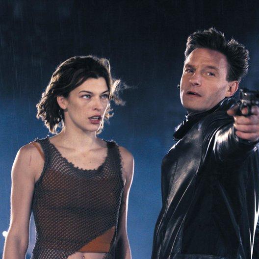 Resident Evil: Apocalypse / Milla Jovovich / Thomas Kretschmann Poster