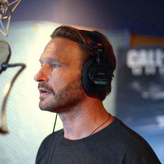 """Thomas Kretschmann übernahm eine Sprechrolle in """"Call of Duty: Ghost"""" Poster"""