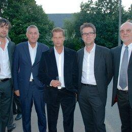 IVD feiert 25-jähriges Verbandsjubiläum / Christoph Liedke, Michael Panknin, Til Schweiger, Ulrich Höcherl und Hans-Peter Lackhoff Poster