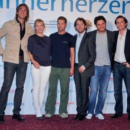 """Stellten """"Männerherzen"""" vor: Max Wiedemann, Nadja Uhl, Til Schweiger, Christian Ulmen, Simon Verhoeven und Quirin Berg"""