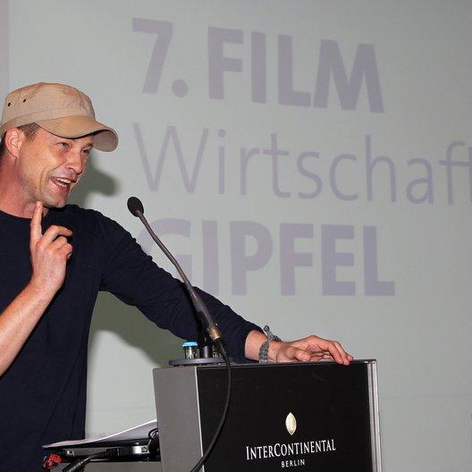 Til Schweiger beim 7. FilmWirtschaftsGipfel Poster