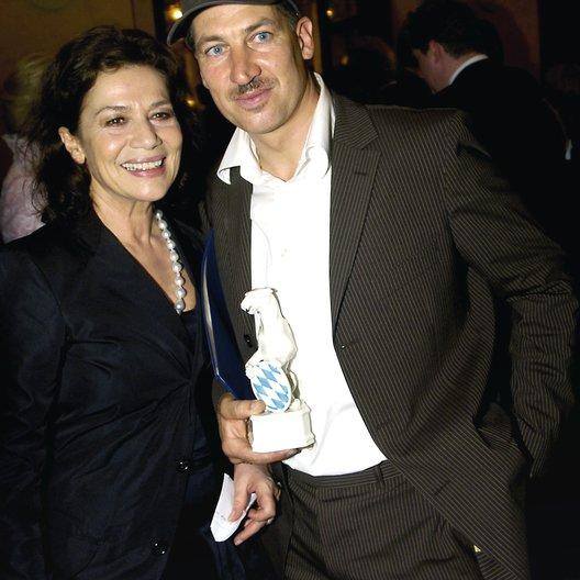 Bayerischer Fernsehpreis 2004 / Hannelore Elsner / Tobias Moretti Poster