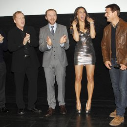 "Brad Bird / Tom Cruise / Paula Patton / Simon Pegg / Bryan Burk / Filmpremiere ""Mission: Impossible - Phantom Protokoll"""
