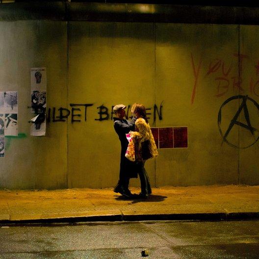 Tod den Hippies!! Es lebe der Punk / Tod den Hippies - Es lebe der Punk! / Tom Schilling / Emilia Schüle Poster