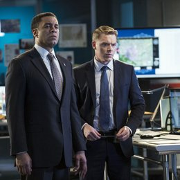 Blacklist, The / Diego Klattenhoff / Harry Lennix Poster