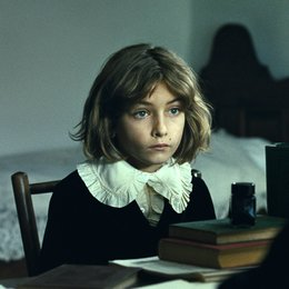Childhood of a Leader, The Poster