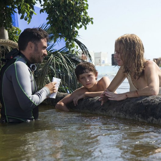 Impossible, The / Set / Juan Antonio Bayona / Tom Holland / Naomi Watts