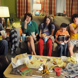 Middle, The / Neil Flynn / Patricia Heaton / Eden Sher / Atticus Shaffer / Charlie McDermott