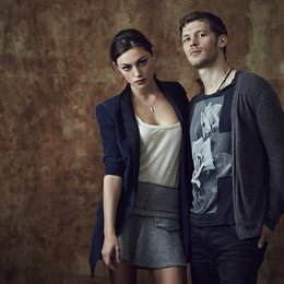 Originals, The / Joseph Morgan / Phoebe Tonkin Poster