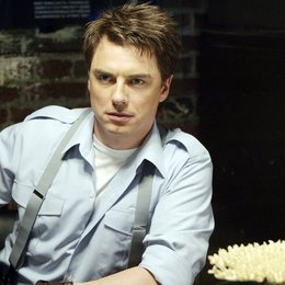 Torchwood / John Barrowman / Torchwood (01. Staffel, 13 Folgen) Poster