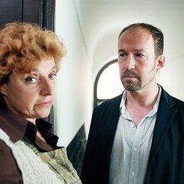 Kommissar Süden und das Geheimnis der Königin (ZDF) / Ulrich Noethen / Monika Baumgartner