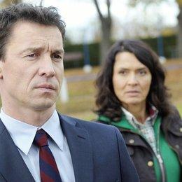 Tatort: Im Abseits / Ulrike Folkerts / Bernd Gnann