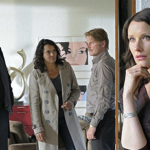 Tatort: Tödliche Häppchen / Ulrike Folkerts / Kai Scheve / Andreas Hoppe / Kathrin Kühnel Poster