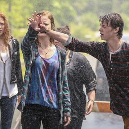 Under the Dome / Mackenzie Lintz / Colin Ford Poster