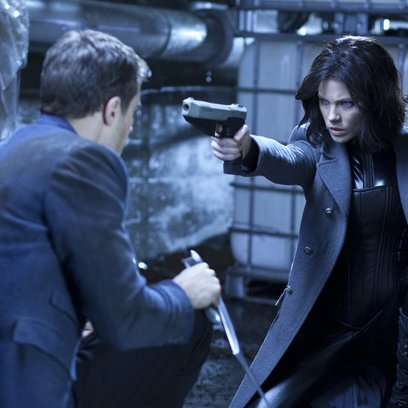 Underworld: Awakening / Underworld Awakening / Kate Beckinsale / Underworld Quadrilogy Poster