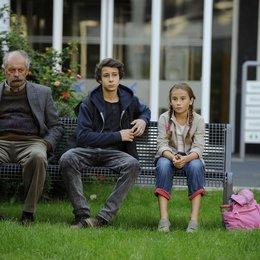 Von glücklichen Schafen / Vedat Erincin / Jascha Baum / Marlene Metternich