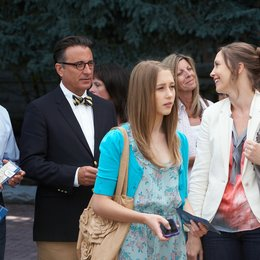Tag in Middleton, Ein / Andy Garcia / Vera Farmiga / Taissa Farmiga / Spencer Lofranco Poster