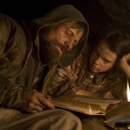 Road, The / Viggo Mortensen / Kodi Smit-McPhee / The Road