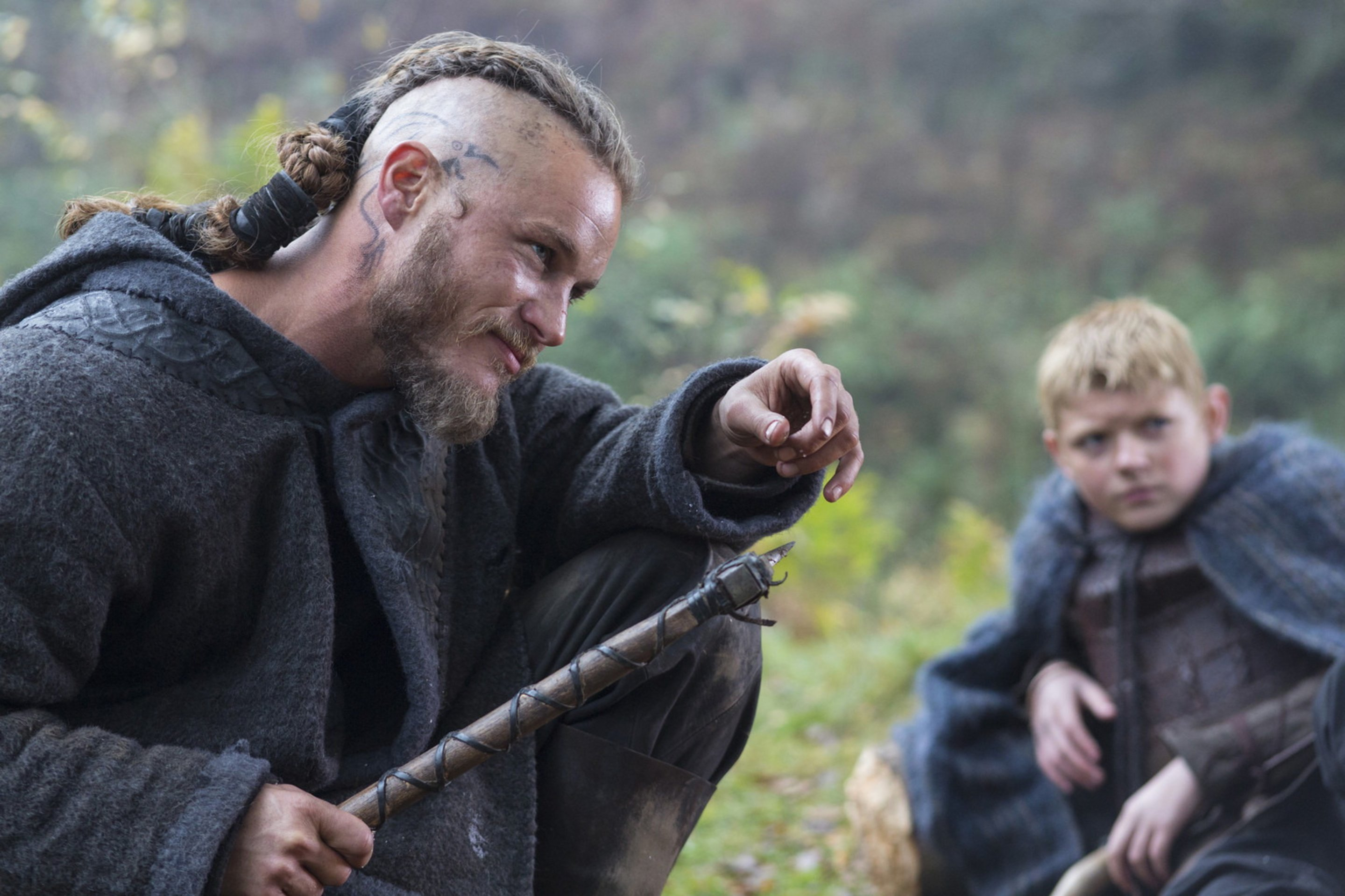 vikings-travis-fimmel-...