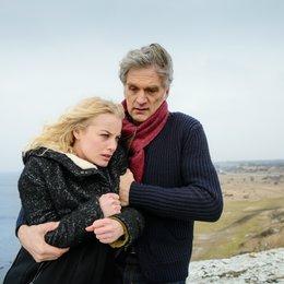 Kommissar und das Meer: Wilde Nächte, Der (ZDF) / Walter Sittler / Ida Engvoll Poster