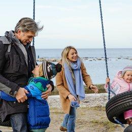 Kommissar und das Meer: Wilde Nächte, Der (ZDF) / Walter Sittler / Frida Hallgren Poster