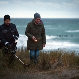 Mord in den Dünen (ZDF) / Anna Loos / Wanja Mues