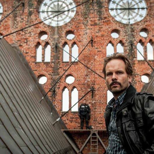 Stralsund: Kreuzfeuer (ZDF) / Wanja Mues