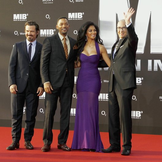 "3D-Deutschlandpremiere von ""Men in Black 3"" in der O2 World Berlin / Josh Brolin, Will Smith, Nicole Scherzinger und Barry Sonnenfeld"