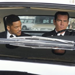 Men in Black 3 / Will Smith / Josh Brolin