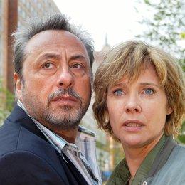 Im Meer der Lügen (ARD / ORF) / Wolfgang Stumph / Ann-Kathrin Kramer