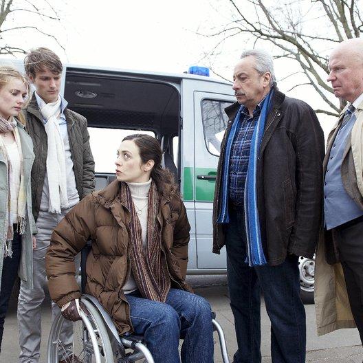 Stubbe - Von Fall zu Fall: Querschläger (ZDF) / Wolfgang Stumph / Anna Hausburg / Lutz Mackensy / Alexander Pensel / Julia Richter