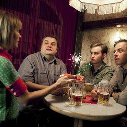 Alles Klara (1. Staffel, 16 Folgen) (MDR) / Christoph Hagen Dittmann / Felix Eitner / Jan Niklas Berg / Wolke Hegenbarth Poster
