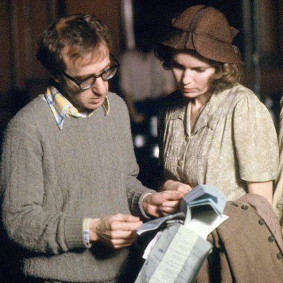 "Woody Allen: A Documentary / Woody Allen / Mia Farrow / Set ""Purple Rose of Cairo"" Poster"