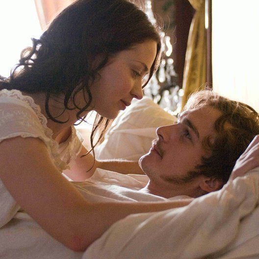 Young Victoria / Emily Blunt / Rupert Friend