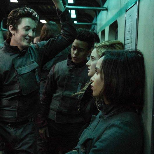 Die Bestimmung - Divergent / Miles Teller / Shailene Woodley / Zoë Kravitz Poster