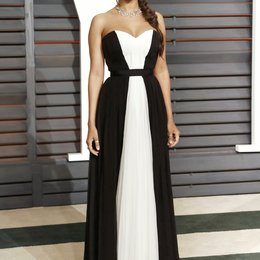 Saldana, Zoe / Vanity Fair Oscar Party 2015 Poster