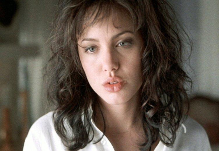 """Angelina Jolie in einer frühen Rolle als labiles Model in """"Gia - Preis der Schönheit"""" ( © Tele 5"""